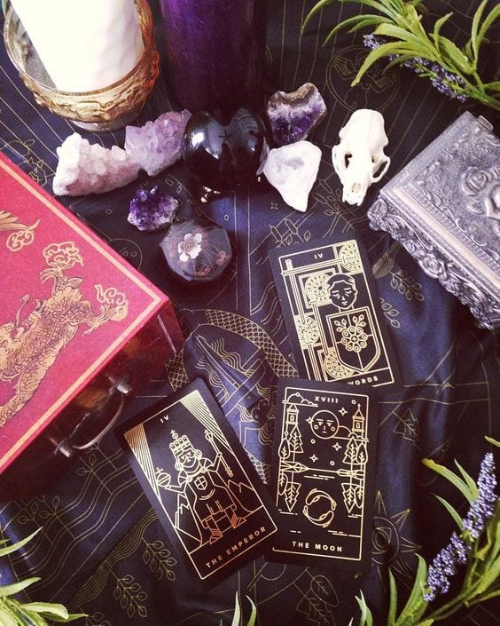 How to Learn Tarot: 5 Easy Exercises For Beginners